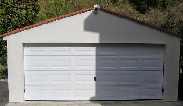 Vente et pose de fen tres alu et pvc porte de garage et for Porte de garage 06